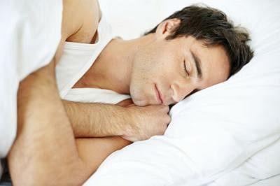 Sleep deprivation impacts memories under stress