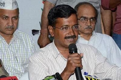 Kejriwal alleges EVMs being tampered with to help BJP