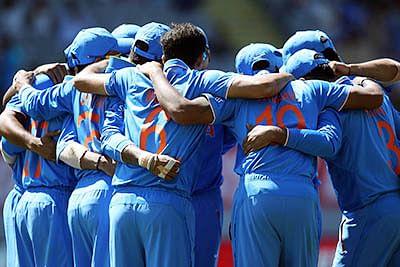 'Khelo Dum Laga Ke': Bollywood stars to Team India
