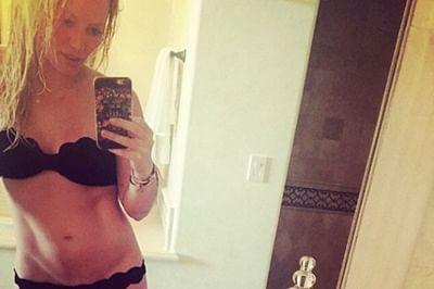 Hilary Duff flaunts bikini body online