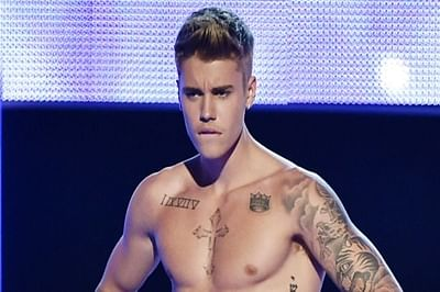 Justin Bieber crossed the line with semi-nude image: Wahlberg
