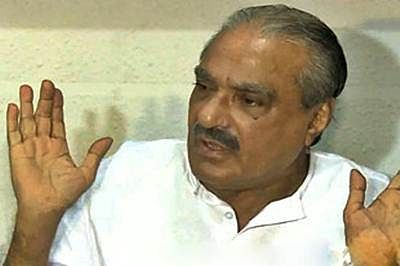 LDF walkout over Vigilance move to close case against Mani