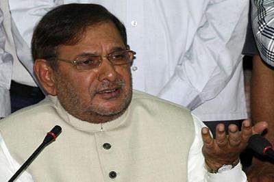 JD(U) names Sharad Yadav, RCP Singh as RS polls candidates