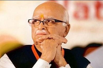 'Does government want rupee value to reach Advani's age', asks Congress