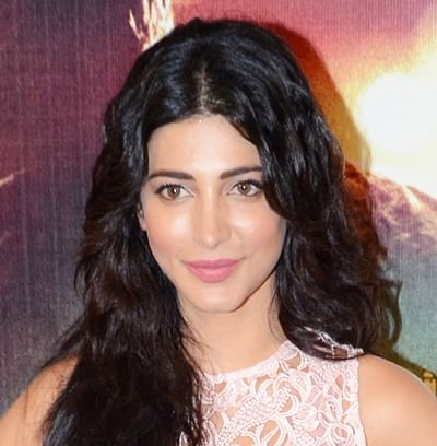 Court Bans Shruti From Signing Films