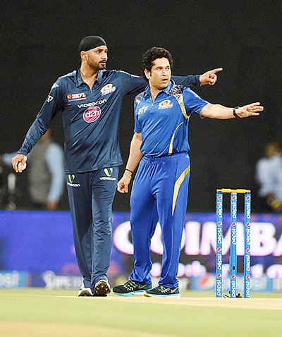 Desperate Mumbai look for  turnaround against Royals