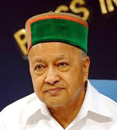 Modi hits out at CM Virbhadra, says govt 'on bail' in Himachal
