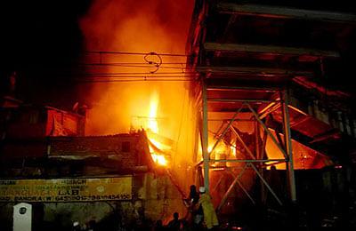 Efforts were on to extinguish fire that broke out at Shastri Nagar near Bandra railway station on Saturday night.