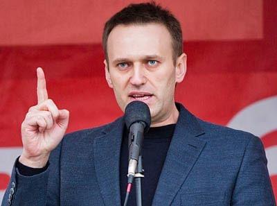 Alexei Navalny vows to challenge Putin in parliamentary polls