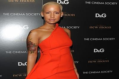 Amber Rose's beau hates being in spotlight