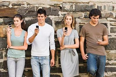 Why college students cant stop texting even at inappropriate times