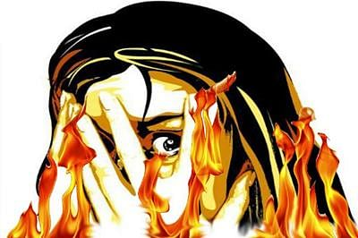 Bhopal: Teenager sets self on fire, dies