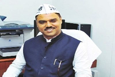BJP protesters demand Delhi law minister's sack