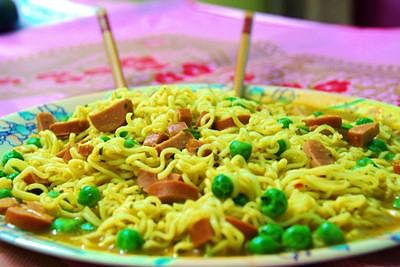 Now Maharashtra FDA sends Maggi noodles for lab testing