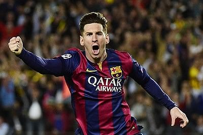 Lionel Messi delivers as Barcelona defeat Levante 4-1
