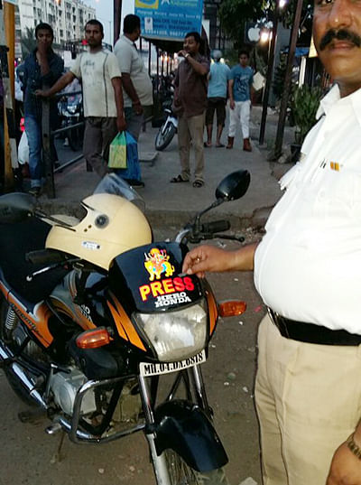 Vehicles with 'press, police' tags under cops' scanner