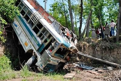 Three kids killed, 25 injured in school bus accident in Punjab