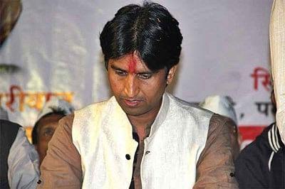 Kejriwal meets Vishwas, rift unresolved in AAP