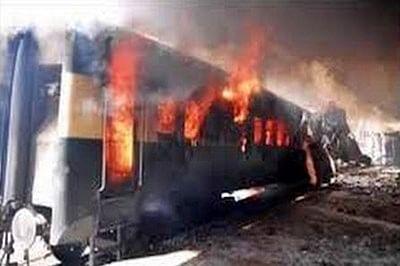 7 injured in local train blast in Kolkata