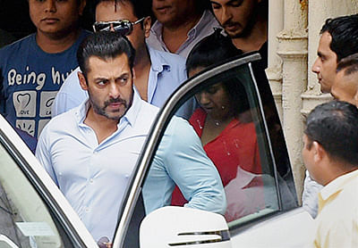 B-Town happy after Bombay HC relief to Salman Khan