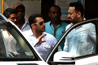 Salman Khan leaving his house for the verdict