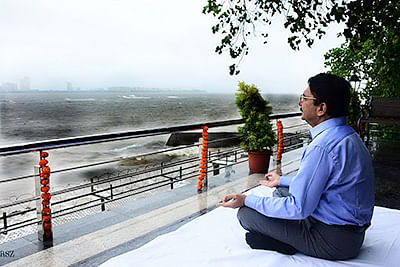 Mumbai JUne 20 :-  The Governor of Maharashtra Ch Vidyasagar Rao inaugurated a Sunrise Point Yoga Gallery at Raj Bhavan, a day ahead of the International Day of Yoga. The Governor meditated at the sea-facing deck for some time to mark the formal inauguration of the Gallery. The Governor announced that the Sunrise Point Yoga Gallery will be opened for yoga practitioners shortly. The Gallery, a sea-facing deck, has been created on the eastern side of Raj Bhavan towards the Marine Drive. According to officials of Raj Bhavan, announcement regarding the opening of the gallery will be made on the website of Raj Bhavan shortly. ( pic by Ravindra Zende )