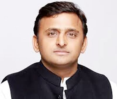 Akhilesh largesse to duo  who cracked the IIT-JEE