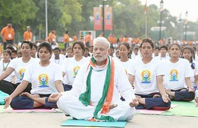 Prime Minister leads Yoga into Guinness