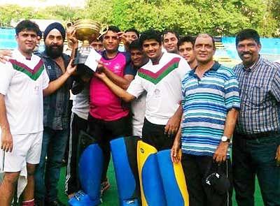 Ashok powers Goan SA to title win
