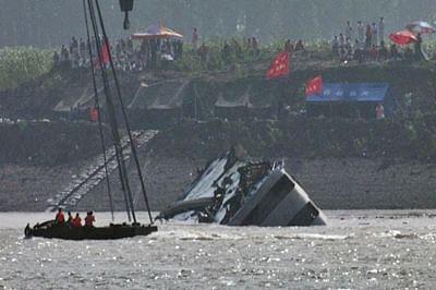 China ship tragedy: Toll escalates to 434