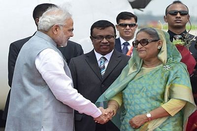 Narendra Modi starts Bangladesh tour with homage to 1971 martrys