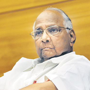 I am coming: Sharad Pawar's message to government