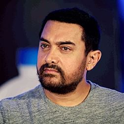 Aamir Khan mourns the demise of his Marathi teacher Suhas Limaye