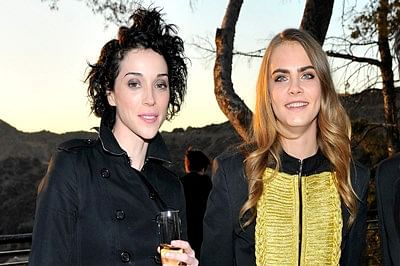 Cara Delevingne, St. Vincent engaged?