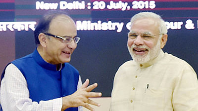 Prime Minister Narendra Modi (R) and (L) Former Finance Minister Arun Jaitley