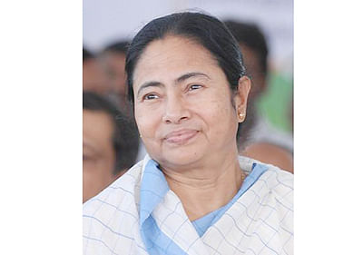 Come fight TMC, Didi  challenges Cong, BJP