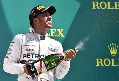 Hamilton extends lead with impressive British win