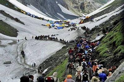 Over 9,000 pilgrims set off from Kashmir to begin Amarnath Yatra