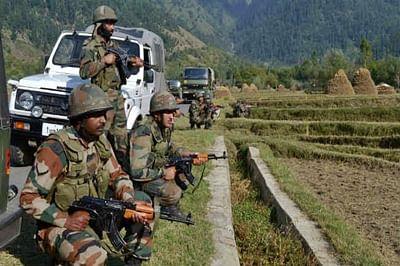 Two civilians injured in Pakistan firing on border