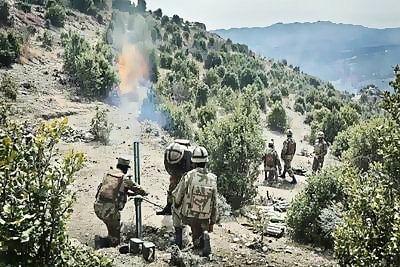 Pak troops target India at various places along IB, LoC