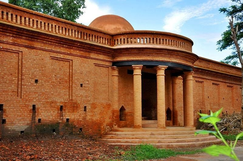Kangla Fort in Imphal<br />Picture credits: indiantoursandtravels07.blogspot.in