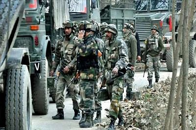 Two killed in militant attack on Jammu-Srinagar highway