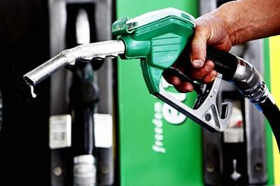 Petrol price cut by Rs 2/ltr; diesel by Rs 0.50