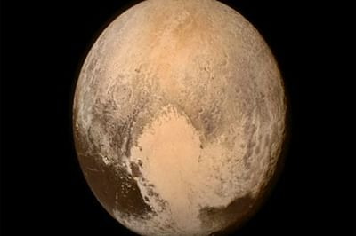 NASA identifies haze, flowing Ice on Pluto
