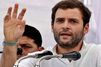 Rahul Gandhi shares stagewith Left leaders