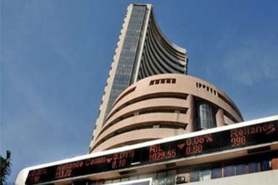 Budget 2016: Sensex crashes over 600 points and Nifty down over 200 points