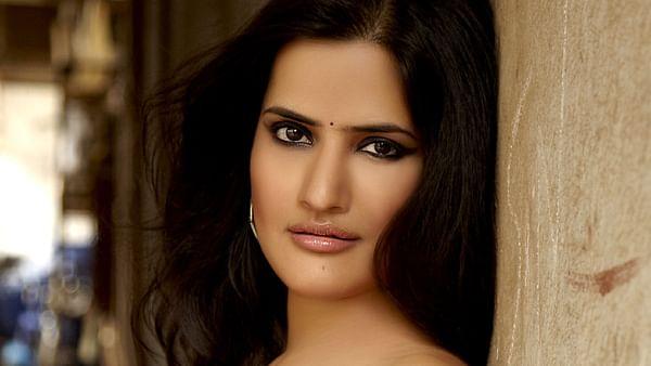 Sona Mohapatra releases acoustic version of 'O ri chiraiya'