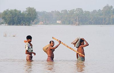 83 lives lost, worried Didi  blames barrage for flooding