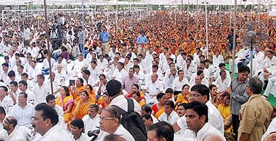 Jains protests ban on  religious fast to death