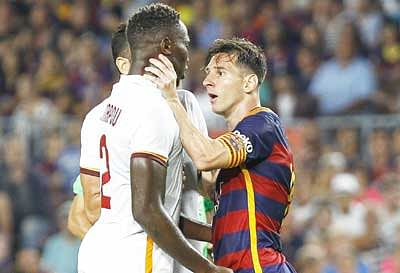 Messi headbutts, grabs throat of opposing defender
